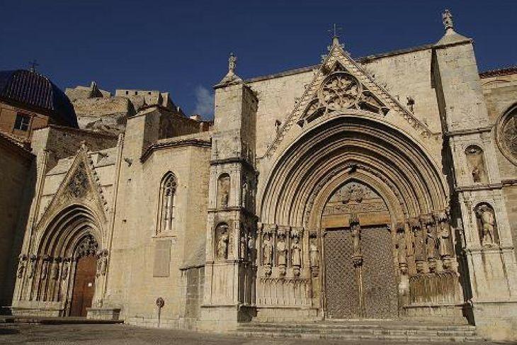 entrada basilica morella castellon