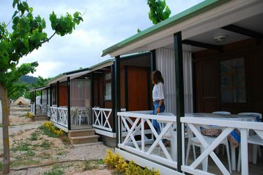 bungalows de madera en valderrobres