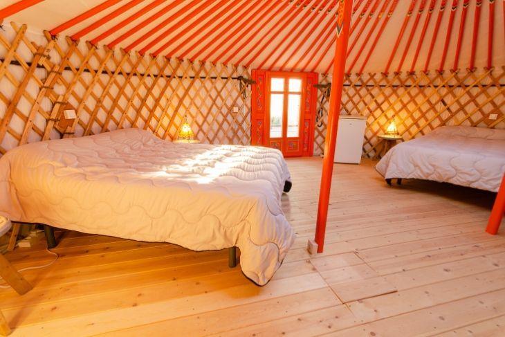 Detalle Yurta cerrada en Camping